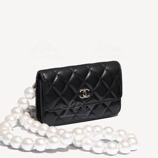 Chanel小牛皮仿珍珠鏈帶手提包胸包